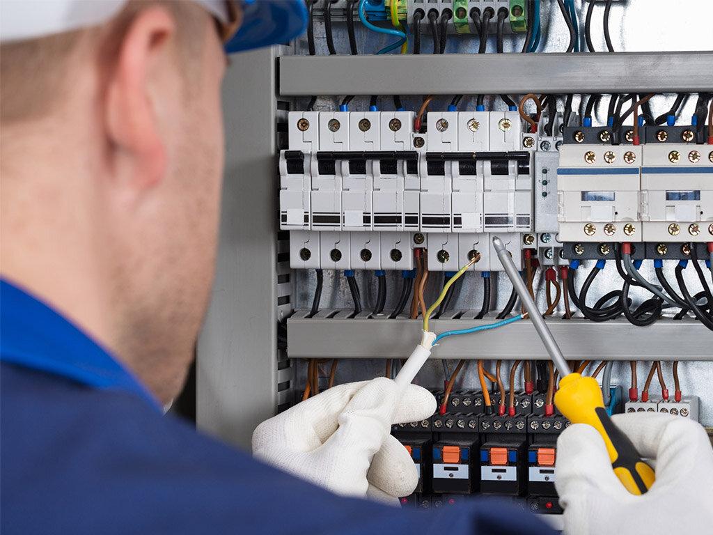 Электромонтажные работы в Севастополе